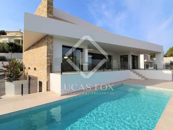 Дом / Вилла 219m² на продажу в Jávea, Costa Blanca