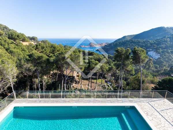 220m² House / Villa for sale in Sa Riera / Sa Tuna