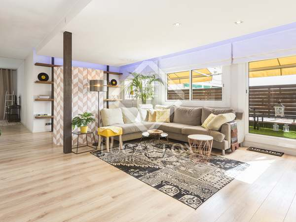 80m² Aapartment with 10m² terrace for rent in Eixample Left