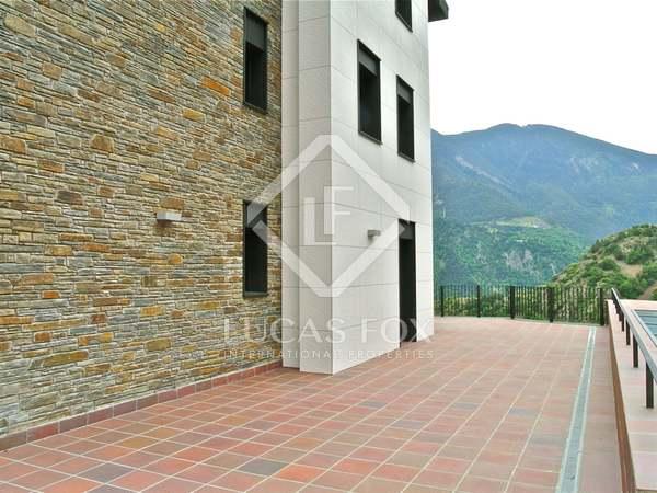 204m² Lyxfastighet till salu i Grandvalira Skidort, Andorra