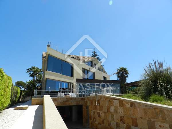 5 Bed front line beach villa for sale, El Rosario, Marbella.