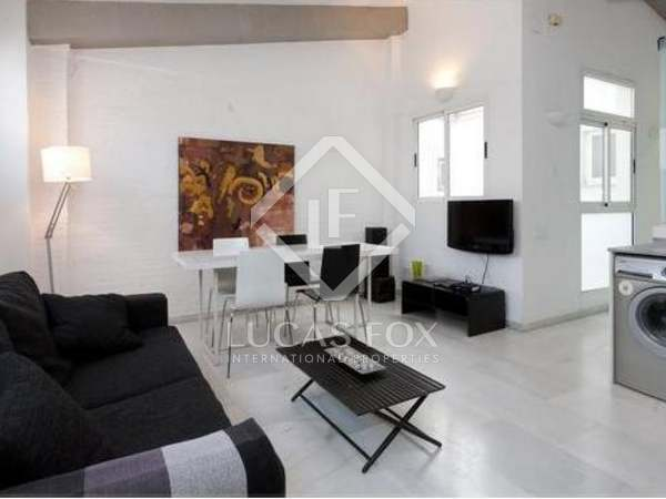 Top floor apartment for sale in Valencia's Eixample district