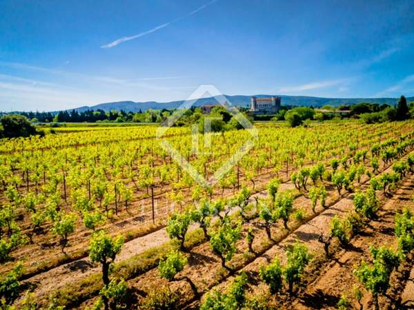 1,700m² Vineyard for sale in South France, France