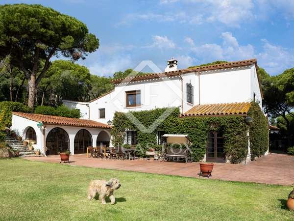 在 Cabrera de Mar, 巴塞罗那 550m² 出售 乡间别墅