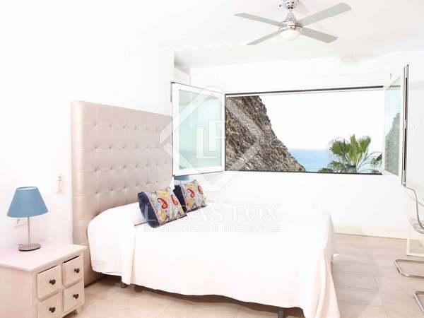 Huis / Villa van 176m² te koop met 50m² terras in Axarquia