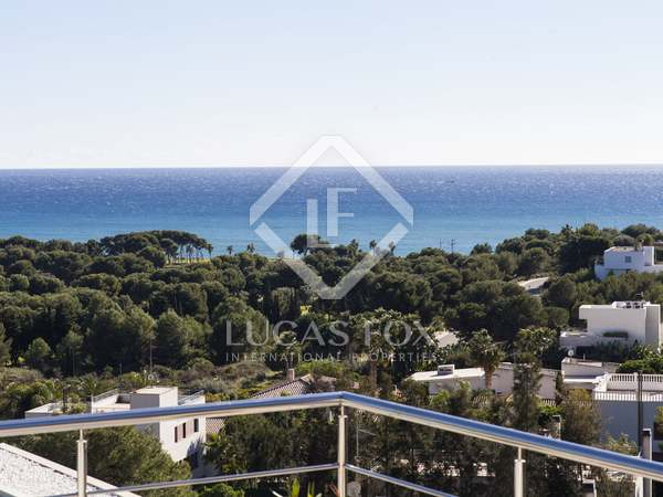 Large plot with sea views for sale in Sitges