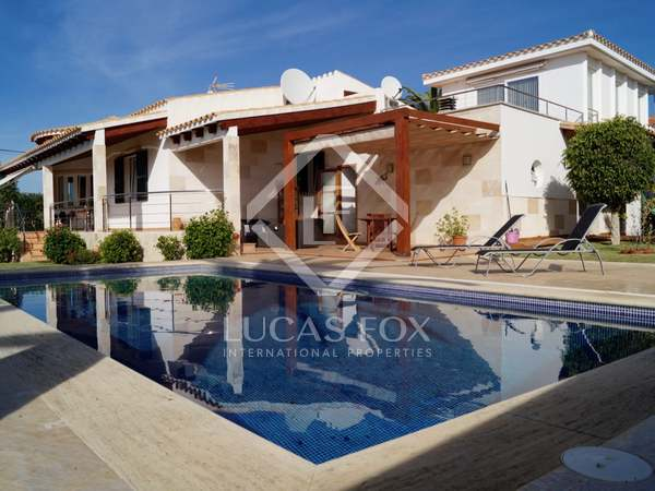 300m² Haus / Villa zum Verkauf in Ciudadela, Menorca