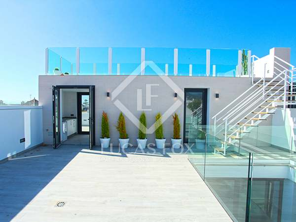 168m² Penthouse with 100m² terrace for sale in Málaga