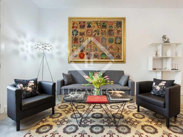70m² Apartment for sale in Sant Antoni, Barcelona