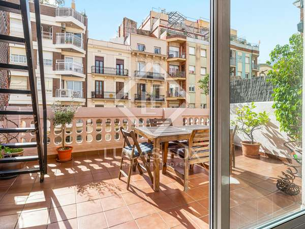 57m² Apartment with 18m² terrace for sale in Eixample Right