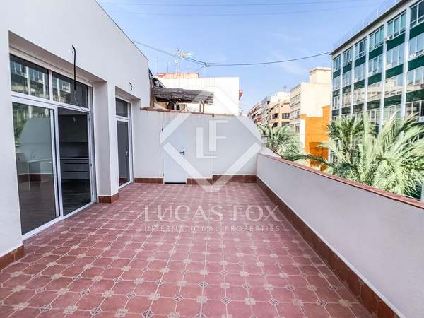 170m² Penthouse with 90m² terrace for sale in Alicante ciudad