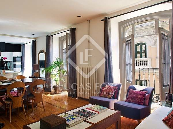 95 m² apartment for sale in Cortes / Huertas, Madrid
