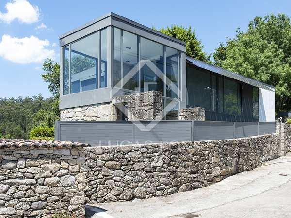 281m² House / Villa for sale in Pontevedra, Galicia