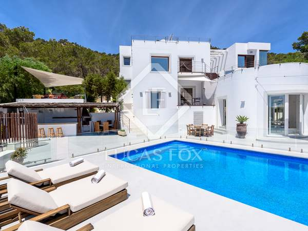 390m² villa for sale in San José, Ibiza