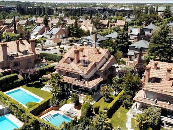 Huis / Villa van 510m² te koop in Pozuelo, Madrid