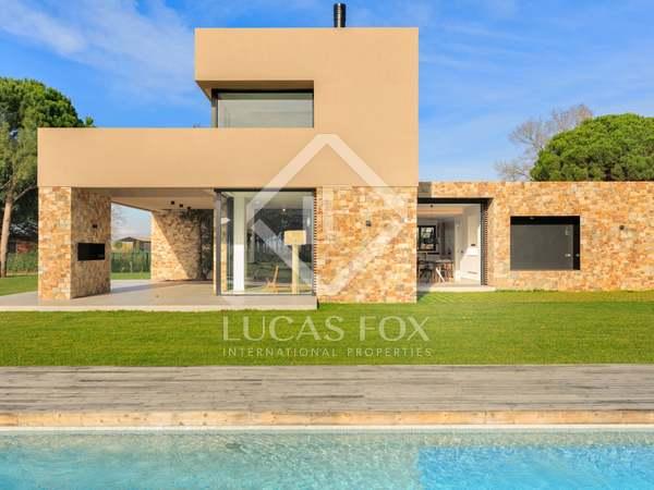 327m² Haus / Villa zum Verkauf in Baix Emporda, Girona