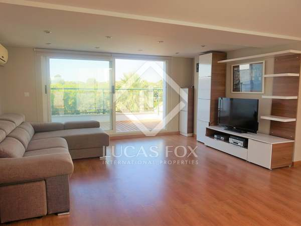 276 m² house with 60 m² garden for rent in Bétera