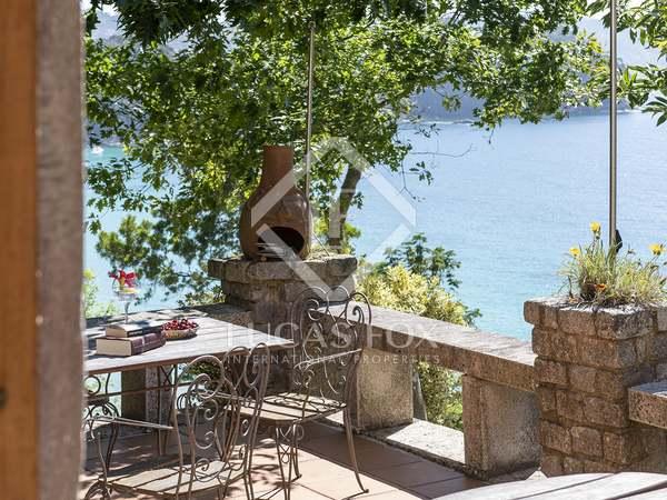 Huis / Villa van 778m² te koop in Pontevedra, Galicia