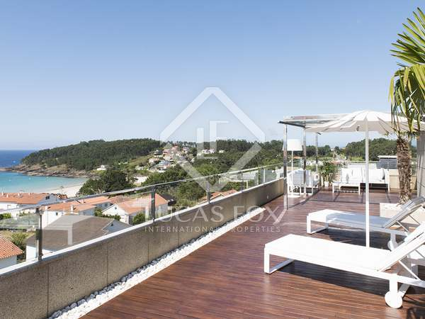 250m² Penthouse with 145m² terrace for sale in Pontevedra