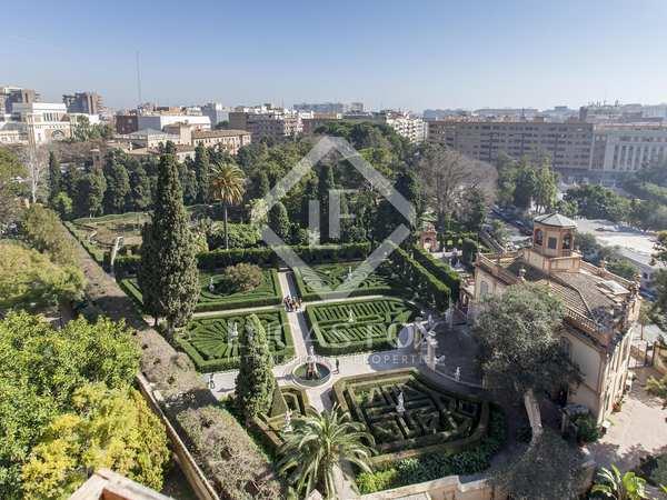 233m² Apartment for sale in El Pla del Real, Valencia