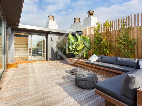 Duplex penthouse with 140m² terrace for sale in Tres Torres