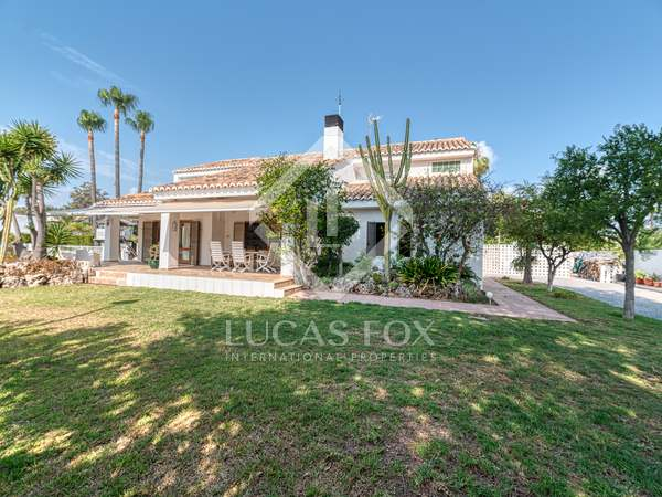 200m² House / Villa with 621m² garden for sale in Playa Sagunto