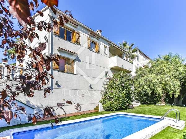 221m² House / Villa for sale in Cunit, Tarragona