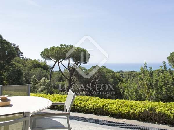 Huis / Villa van 1,600m² te koop in Sant Andreu de Llavaneres