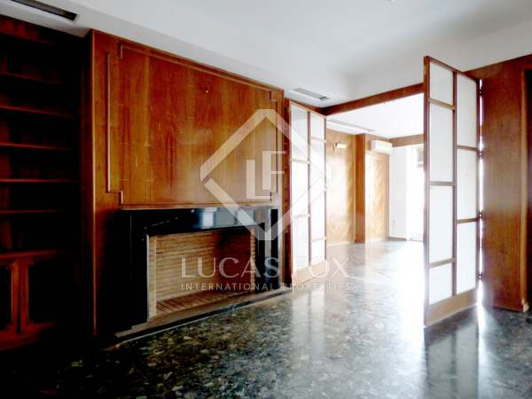 Appartement van 344m² te koop met 16m² terras in El Pla del Remei