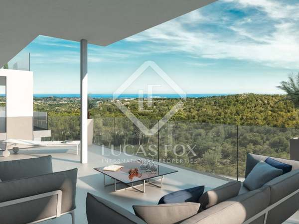 Apartment with garden for sale in Alicante