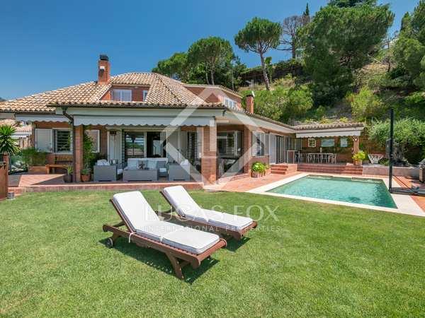 Huis / Villa van 415m² te koop in Sant Vicenç de Montalt