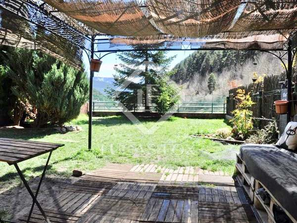 102m² Apartment with 157m² garden for rent in La Massana