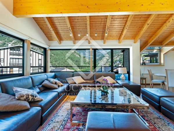 333m² Apartment with 36m² terrace for sale in Ordino