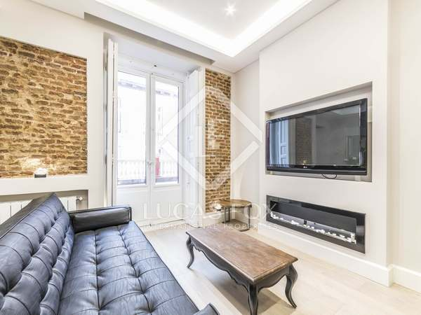 220 m² apartment with 34 m² terrace for sale in Sol, Madrid