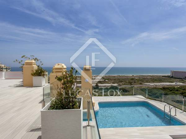 183m² Penthouse with 248m² terrace for rent in El Saler / Perellonet