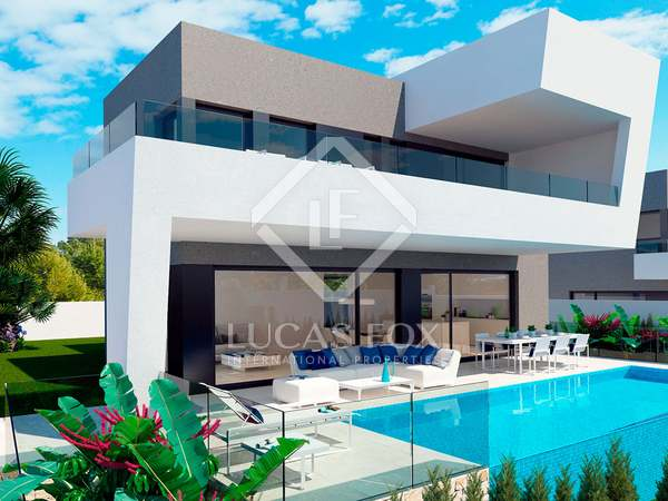 264m² House / Villa for sale in Finestrat, Alicante
