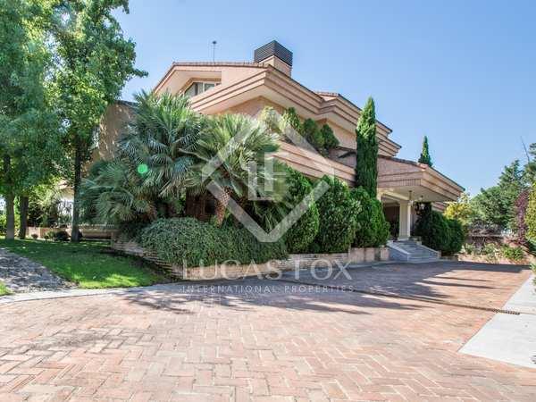 Casa / Vil·la de 1,500m² en venda a Aravaca, Madrid