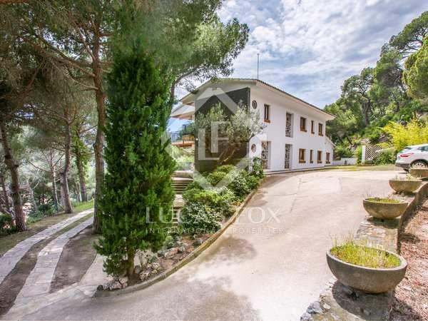 Casa de 585m² en venta en Premià de Dalt, Maresme