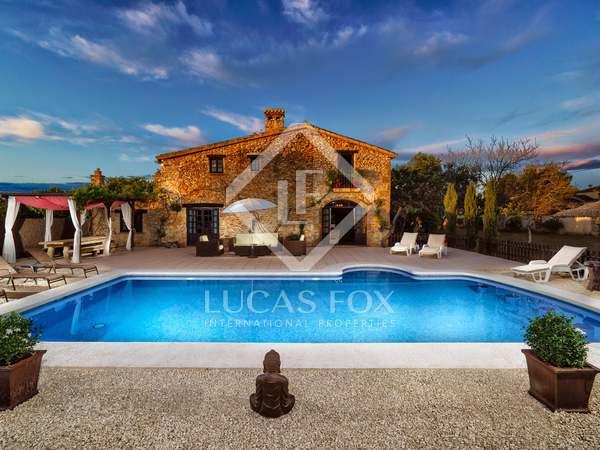 Huis / Villa van 240m² te koop in Jávea, Costa Blanca
