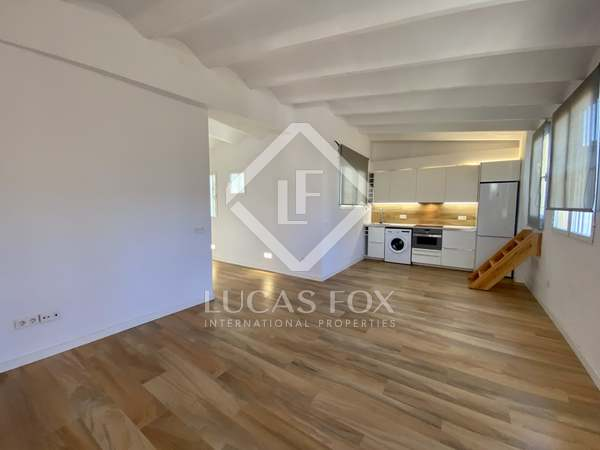 55m² Penthouse with 10m² terrace for rent in Sant Francesc