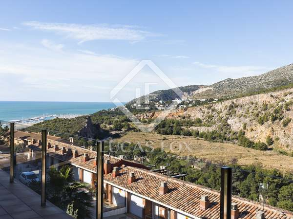 Huis / Villa van 445m² te koop in Garraf, Sitges