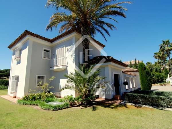 Traditional 4-bedroom villa for sale in Sotogrande Alto