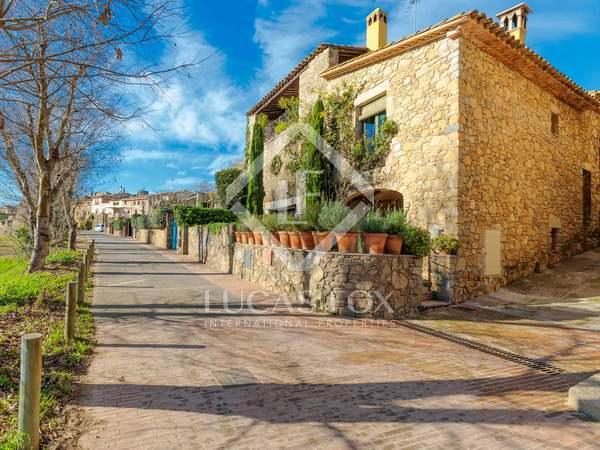 108m² House / Villa with 11m² terrace for sale in Baix Empordà
