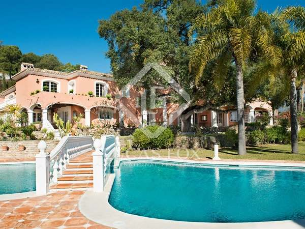 Casa / Villa di 1,600m² in vendita a Benahavís, Andalucía