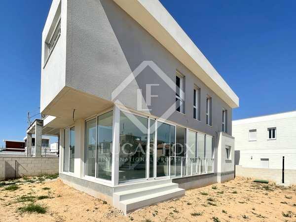 169m² House / Villa for sale in Alicante ciudad, Alicante