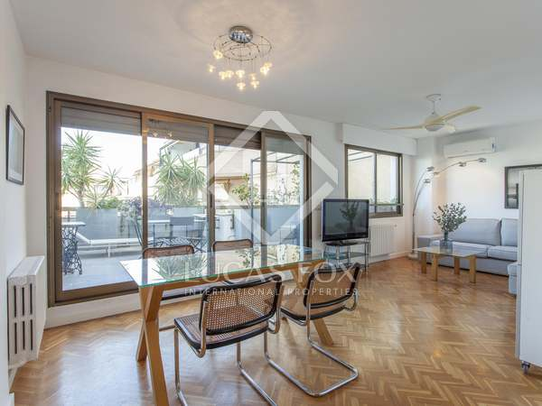 100m² Penthouse with 25m² terrace for sale in El Pla del Real