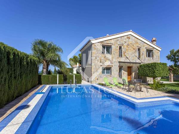233 m² house for sale in Denia, Costa Blanca