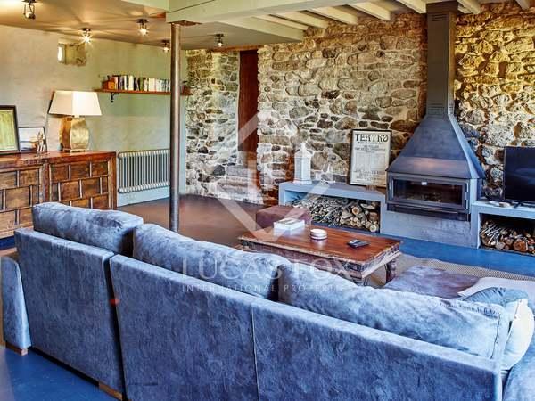 Huis / Villa van 325m² te koop in Pontevedra, Galicia
