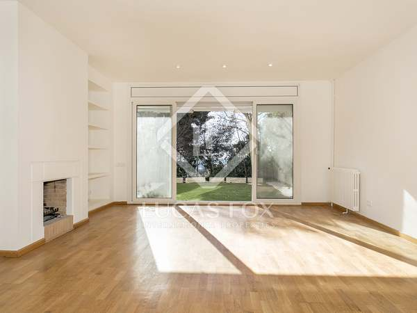 222 m² house with garden for rent in Sarrià