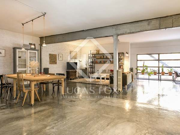 Fully furnished loft for rent in Barcelona's Gracia area